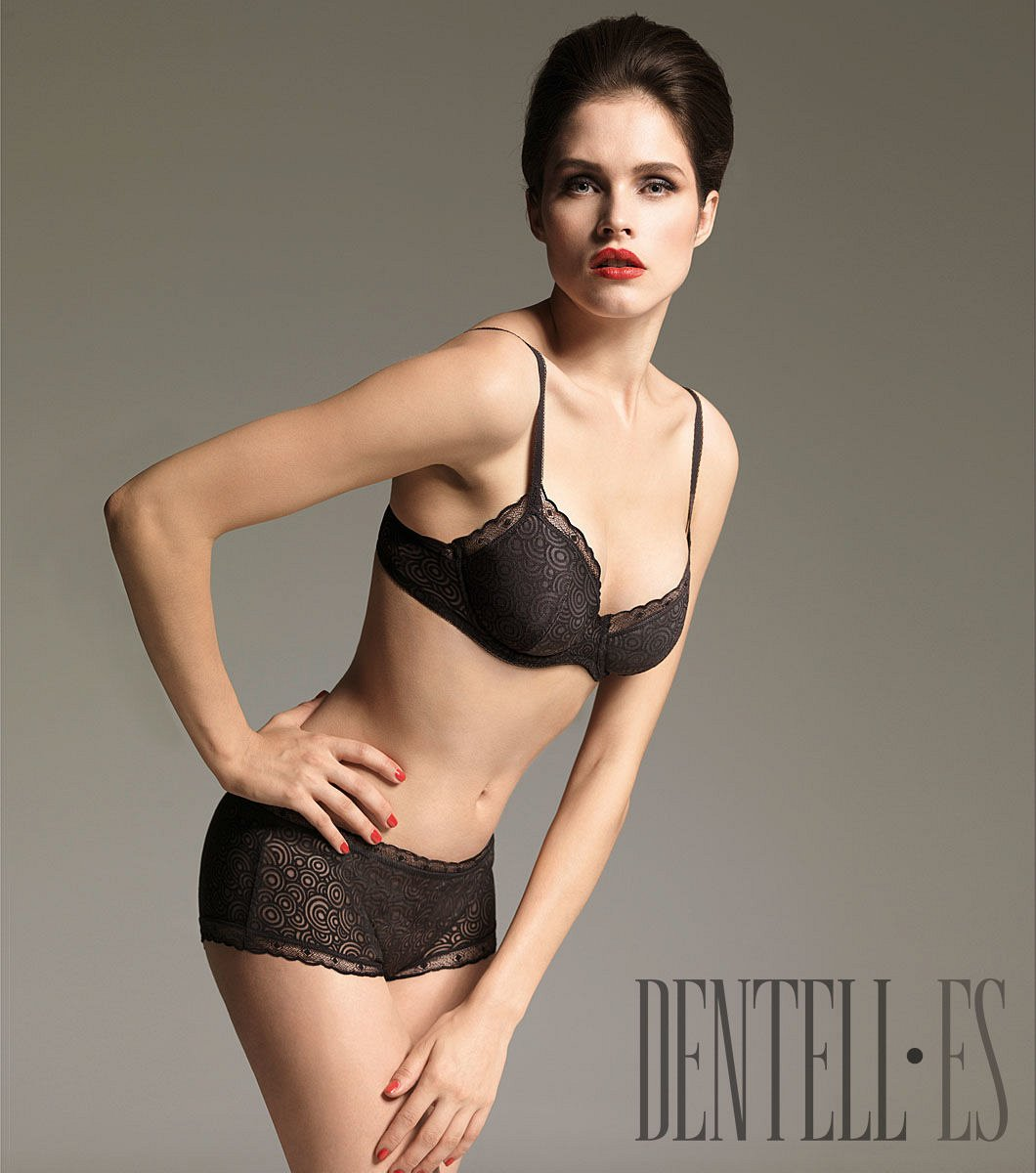 Wolford Herbst/Winter 2010-2011 - Dessous - 1