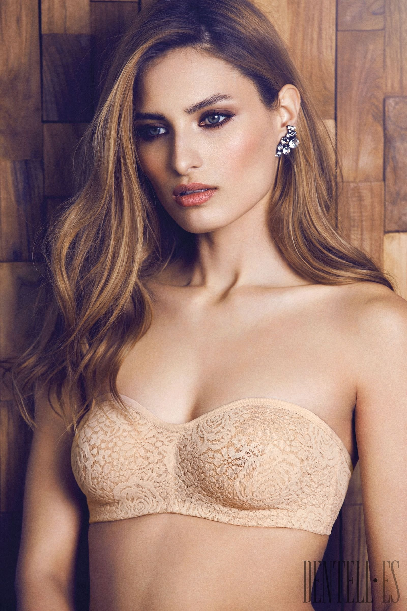 Underwear and lingerie wacoal intimates softcup bras can not