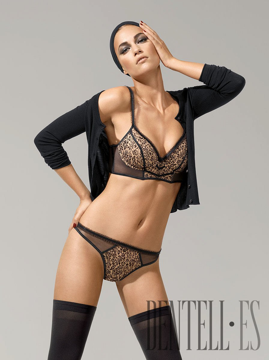 Wolford Fall-winter 2011-2012 - Lingerie - 1