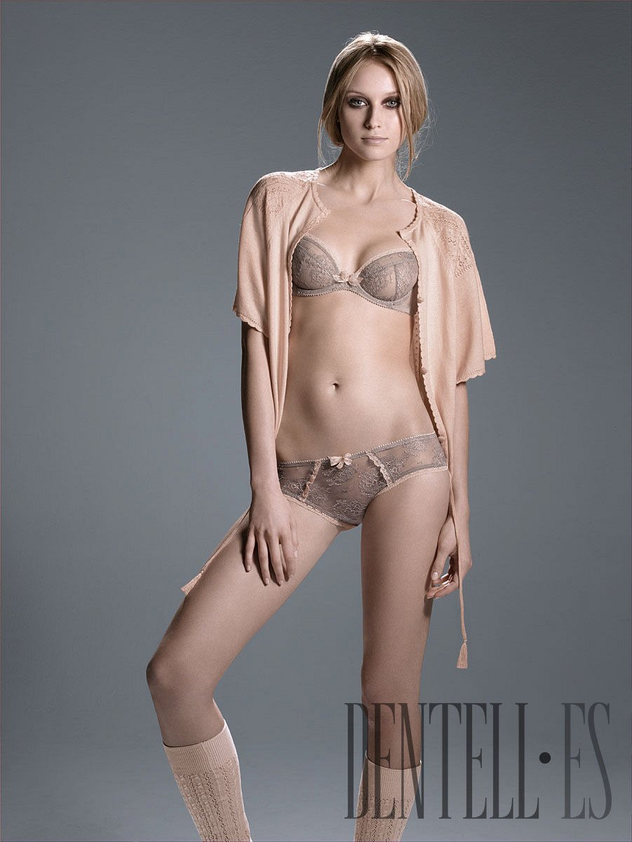 Huit Autunno-Inverno 2007-2008 - Intimo - 1